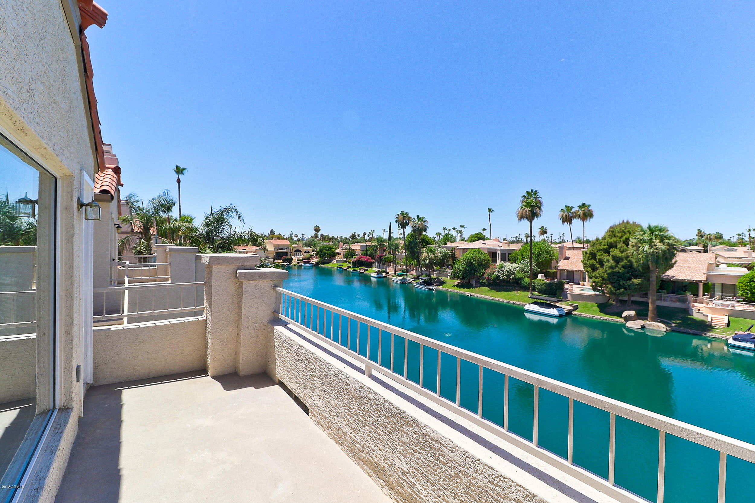 Photo of 10080 E MOUNTAINVIEW LAKE Drive #358, Scottsdale, AZ 85258