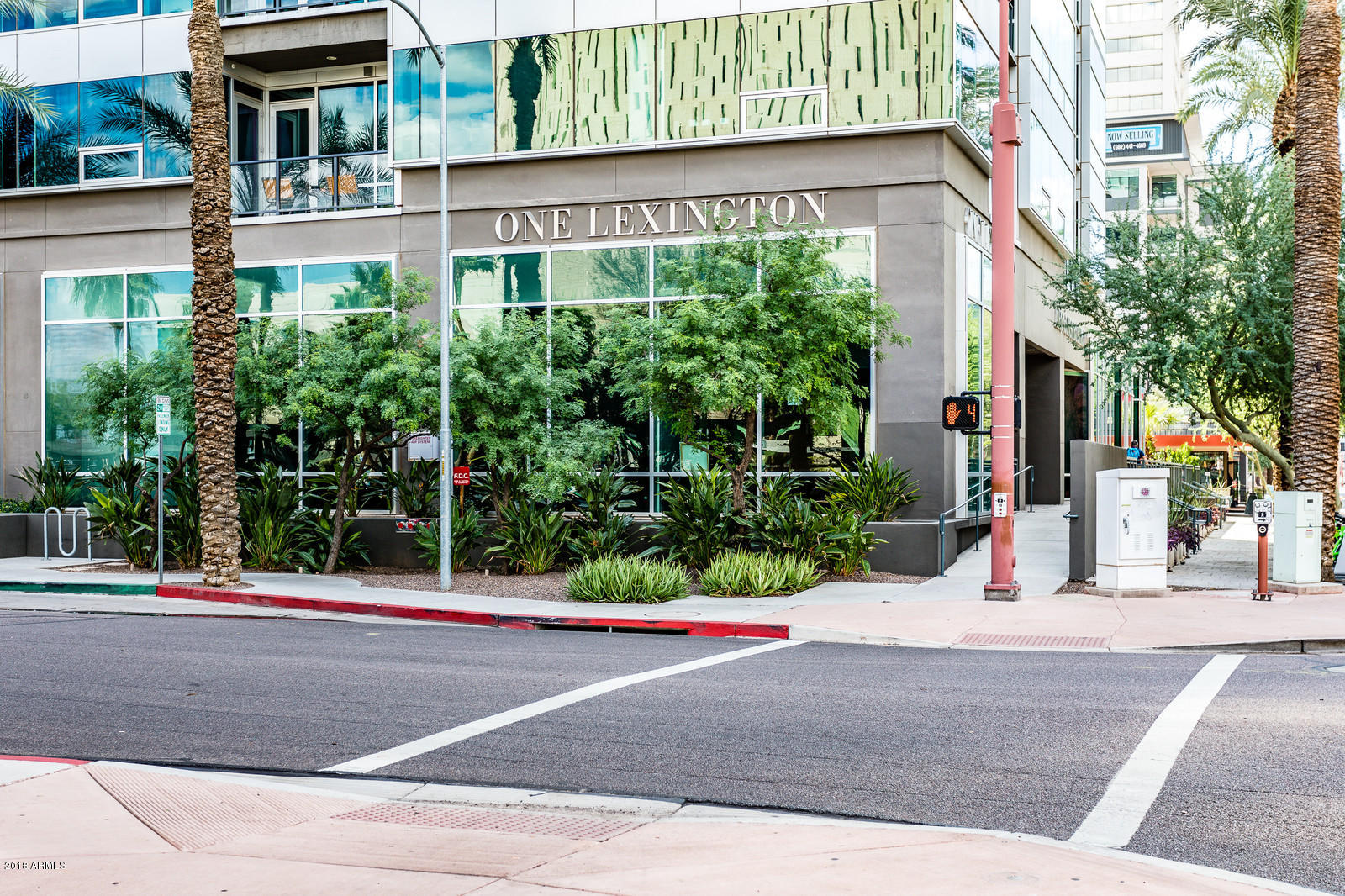 Photo of 1 E LEXINGTON Avenue #204, Phoenix, AZ 85012