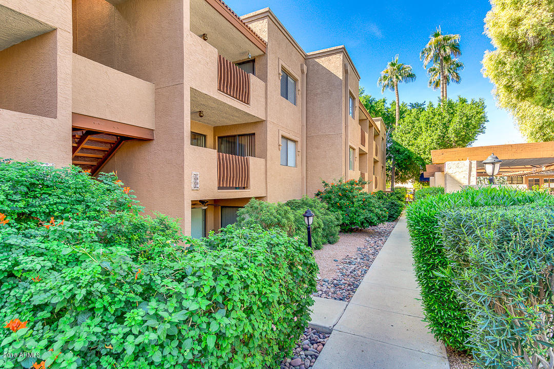 Photo of 3031 N CIVIC CENTER Plaza #110, Scottsdale, AZ 85251