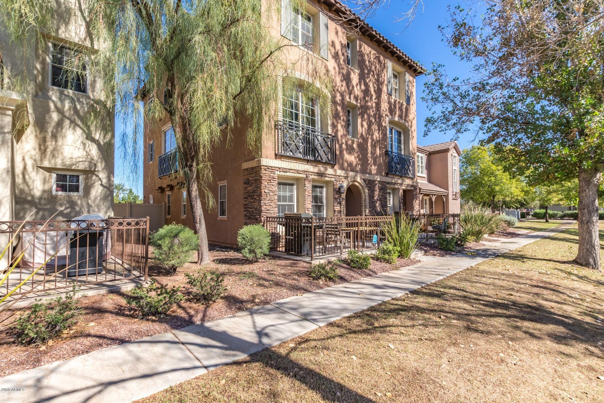 Photo of 1633 E Lowell Avenue, Gilbert, AZ 85295