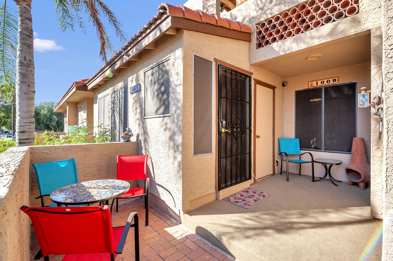 Photo of 8625 E BELLEVIEW Place #1009, Scottsdale, AZ 85257