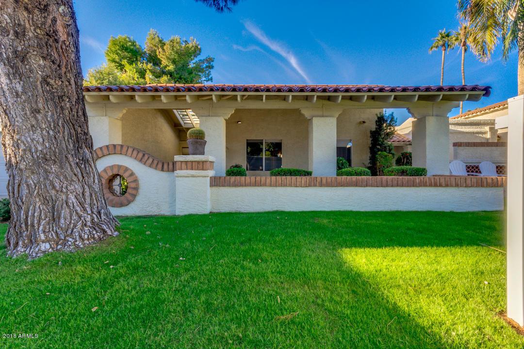Photo of 8330 E SAN BENITO Drive, Scottsdale, AZ 85258