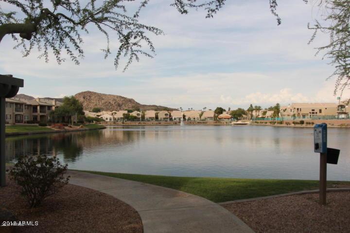 Photo of 16013 S DESERT FOOTHILLS Parkway #1110, Phoenix, AZ 85048