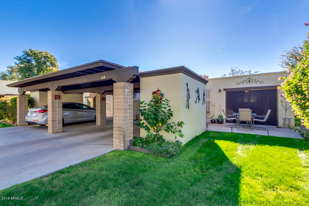 Photo of 131 N HIGLEY Road #109, Mesa, AZ 85205