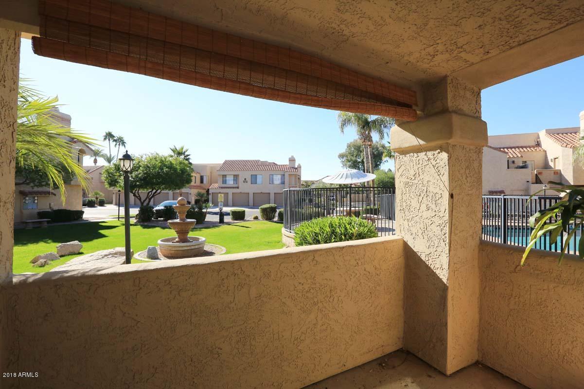 Photo of 10055 E MOUNTAINVIEW LAKE Drive #1071, Scottsdale, AZ 85258