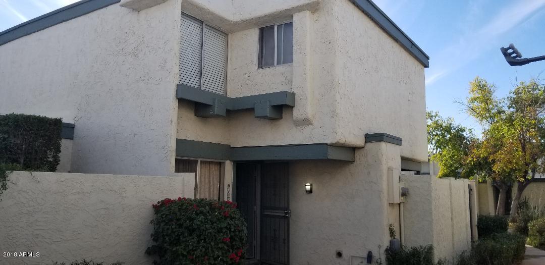 Photo of 9046 N 51 Lane, Glendale, AZ 85302