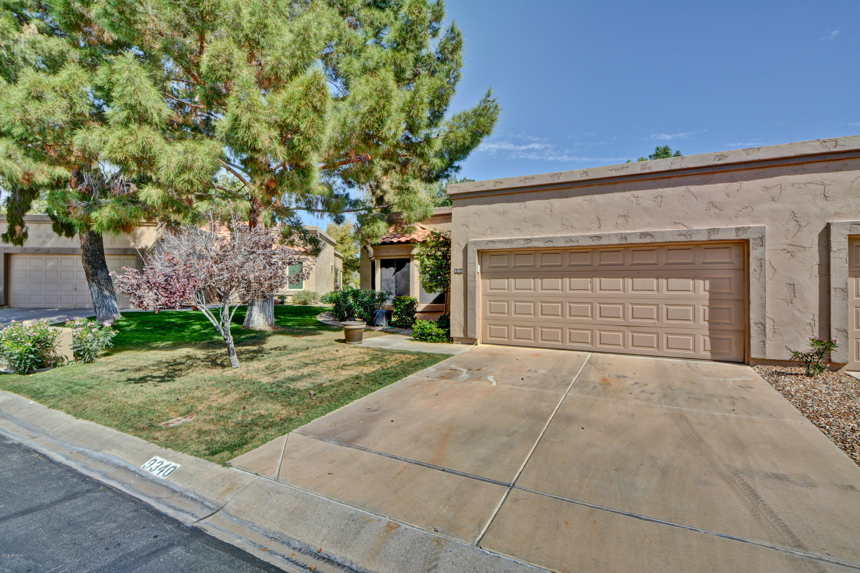 Photo of 9340 W UTOPIA Road, Peoria, AZ 85382