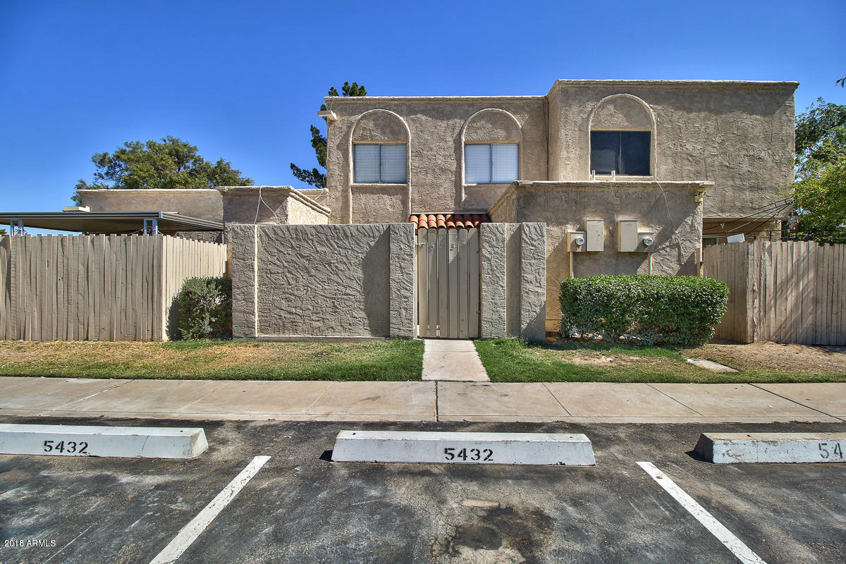 Photo of 5432 W FRIESS Drive, Glendale, AZ 85306