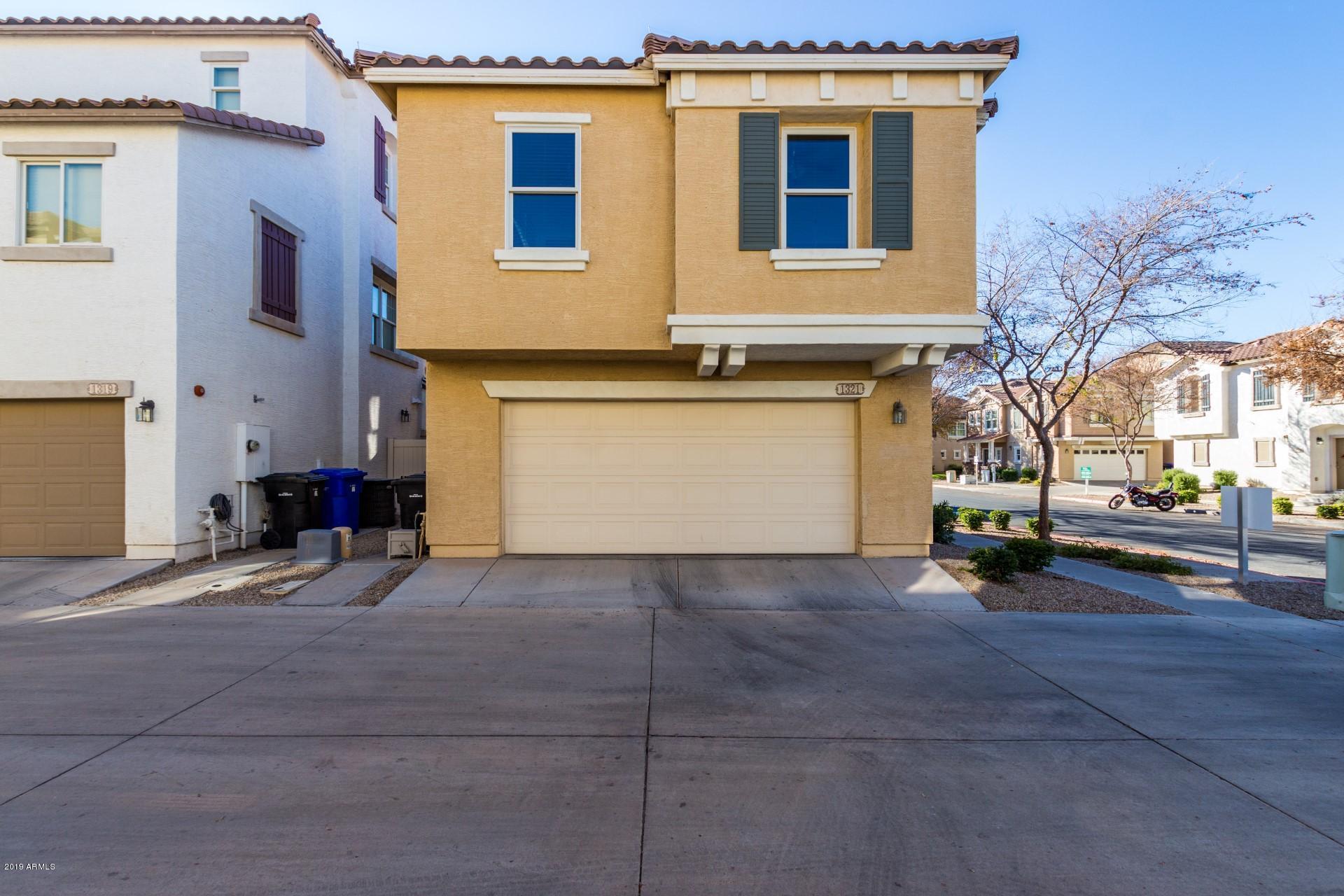 Photo of 1321 S SABINO Drive, Gilbert, AZ 85296
