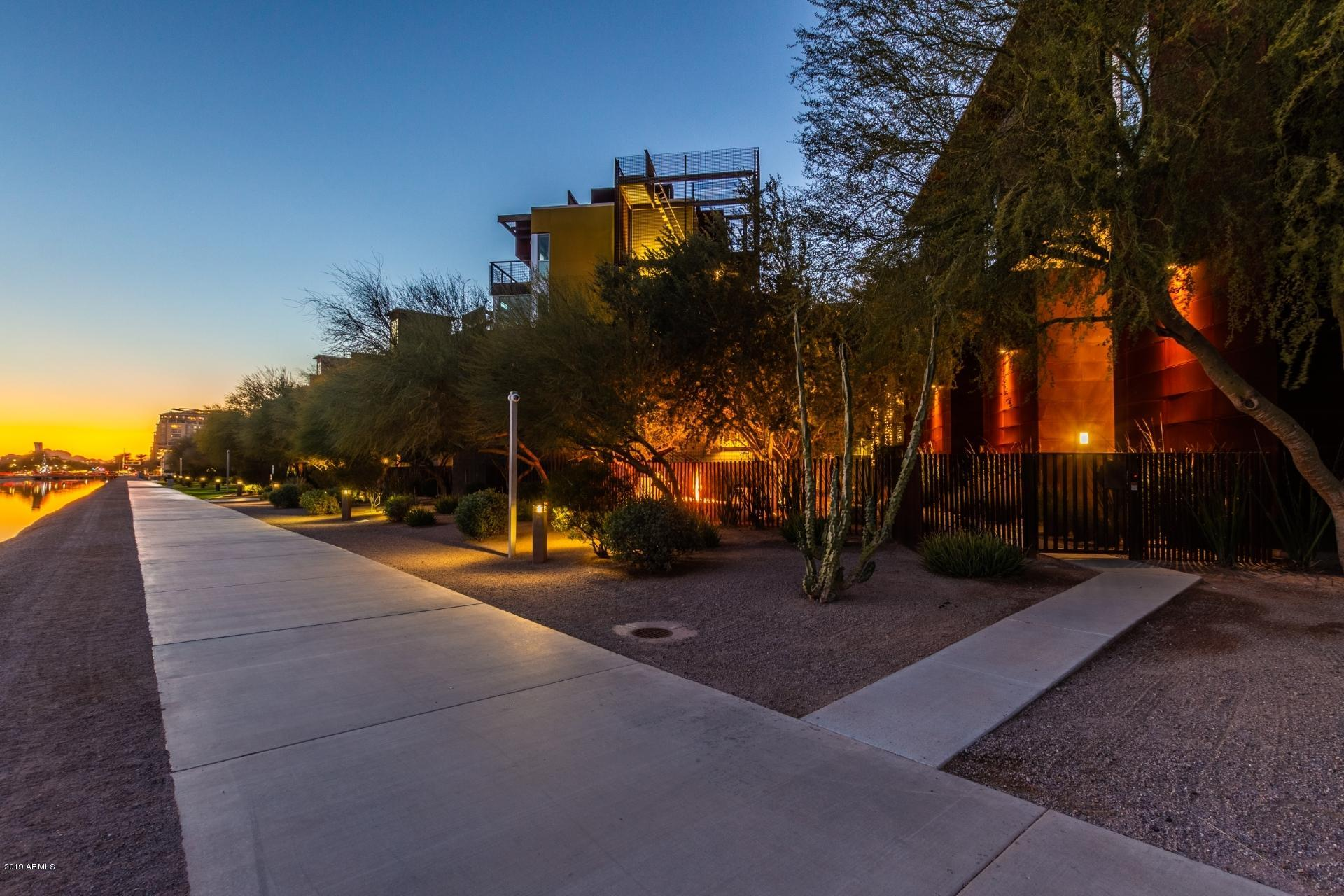Photo of 4745 N SCOTTSDALE Road #1010, Scottsdale, AZ 85251