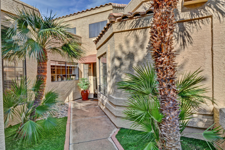 Photo of 9018 W PORT ROYALE Lane, Peoria, AZ 85381