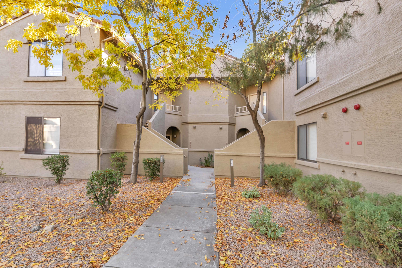 Photo of 15380 N 100TH Street N #1122, Scottsdale, AZ 85260