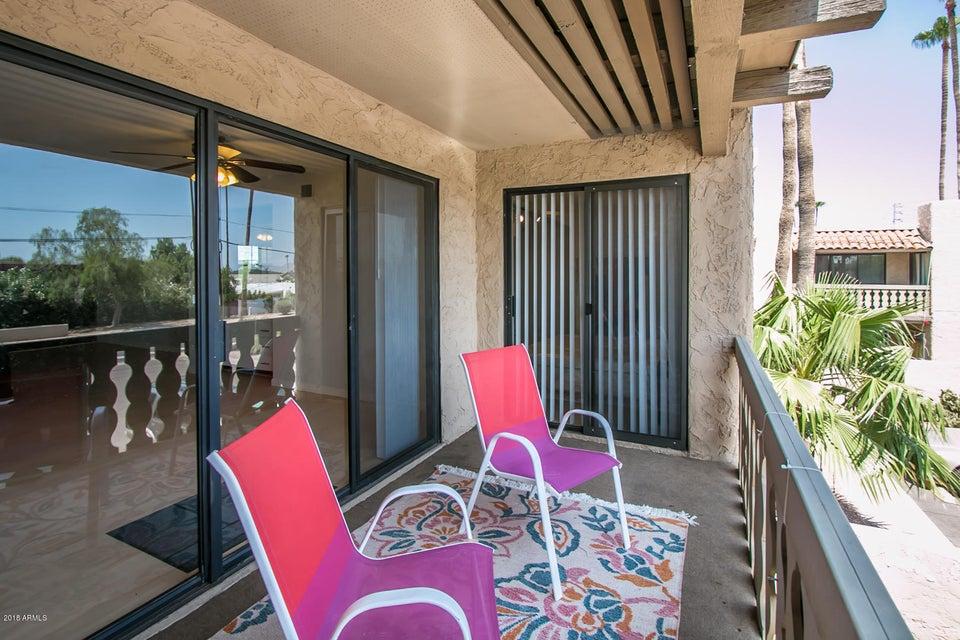 Photo of 4950 N MILLER Road #210, Scottsdale, AZ 85251
