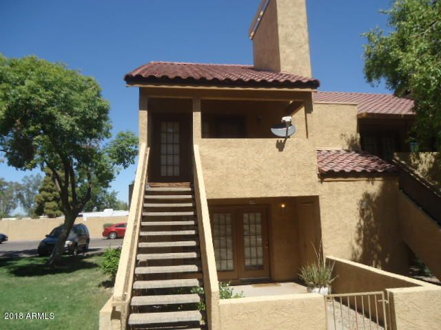 Photo of 4901 S CALLE LOS CERROS Drive #260, Tempe, AZ 85282